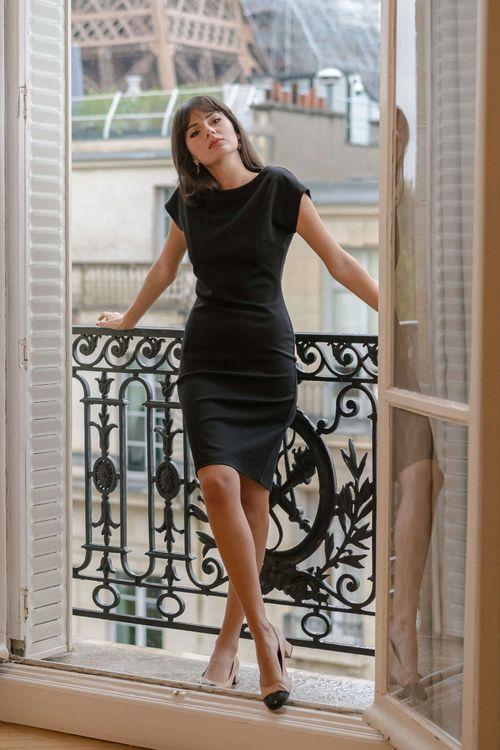 gaala black short sleeve dress
